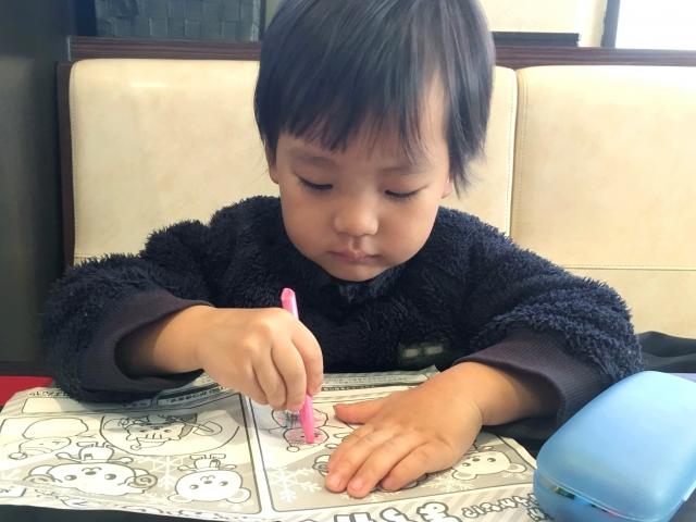 幼児教材で学ぶ子供