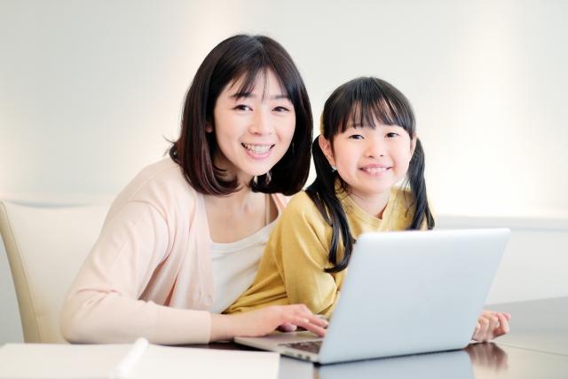 子供にパソコン