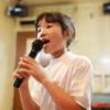 歌の上手な子供